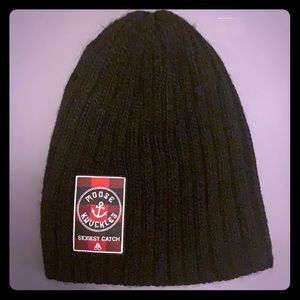 Moose Knuckles knit beanie.